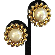 SALE Christian Dior Bijoux Faux Mabe Pearl Gold-Tone Earrings