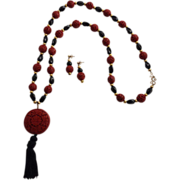 Chinese Cinnabar and Onyx Necklace and Earrings, Tassel
