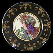 """Gerard, Dufraisseix & Abbot (GDA) Limoges Art Nouveau """"Mucha Grape Woman"""" Motif Plat"""