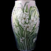 """SALE Large Tressemann & Vogt (T&V) Limoges Jonquil/Daffodil Vase (Signed """"Freiberg""""/"""