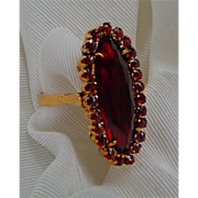 18ct. Yellow Gold Garnet and Synthetic Ruby Estate Ring