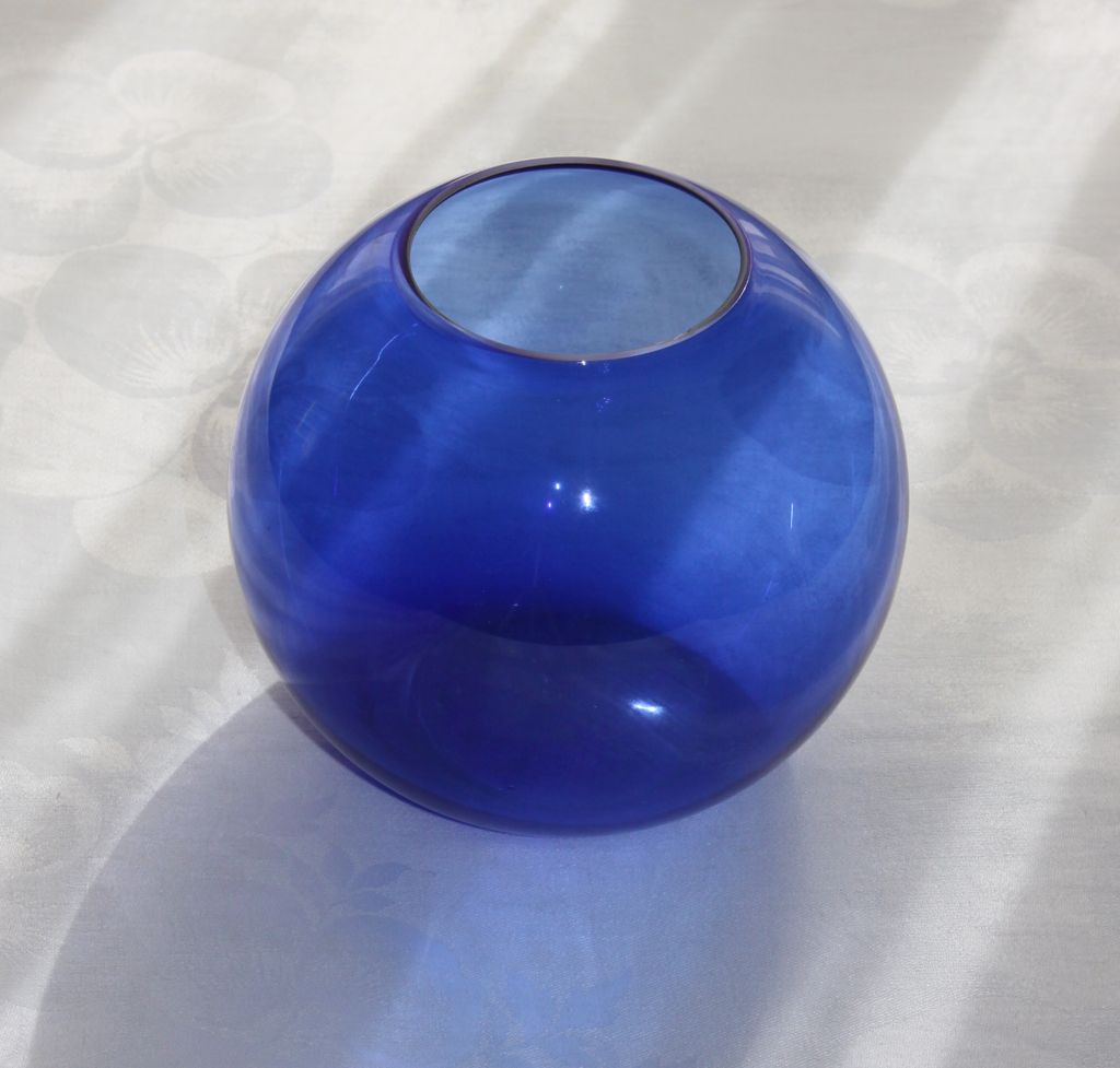 Walter Von Nessen Art Deco Cobalt Blue 5 Quot Ball Vase For