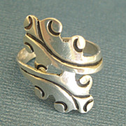 Graceful Signed Vintage Sterling Silver Leaf By Pass Ring- Size 7
