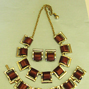 SALE Wonderful Vintage 1970's Brown Thermoset Parure- Necklace, Bracelet and Earrings