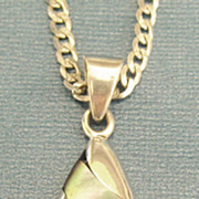 """Sleek Vintage Polished Abalone Shell Sterling Silver Pendant with 21"""" Chain"""