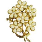 Pretty Vintage Signed Coro White Flower and Rhinestone Bouquet Brooch