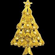 Sparkling Signed Avante AB Rhinestone Faux Pearl Christmas Tree Brooch