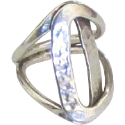 Vintage Artistic Modernist Hammered Sterling Ring
