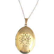 """Large 1930's Carl Art GF Engraved Locket with 18"""" Chain"""
