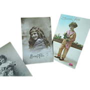 Four vintage Paris postcards, Bonne Fete