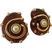 Kenneth Jay Lane KJL Root Beer Amber Lucite Shell Design Clip Earrings