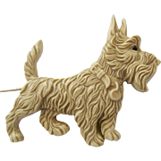 Large Molded Plastic Scotch Terrier Scottie Dog Hat Stick Pin Made England