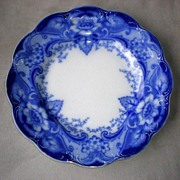 """SOLD Fabulous Johnson Bros. Flow Blue """"Argyle"""" Plate"""