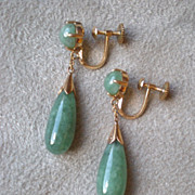 Beautiful 14k Gold and Jade Dangle Drop Earrings