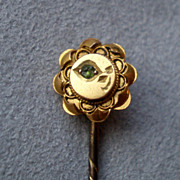 Wonderful 15k Gold and Emerald Stick Pin