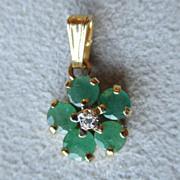 Wonderful 14k Gold and Emerald Pendant