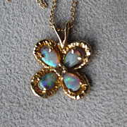 14k Gold and Opal Clover Pendant Necklace