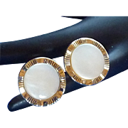 Mother of Pearl Gold Tone Round Setting Cuff Links Cufflinks