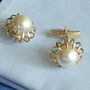 Large Faux Pearl in Gold Tone Setting Cufflinks Cuff Links