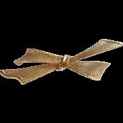 Coro Gold Tone Ribbon Bow Pin Brooch
