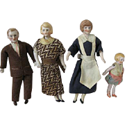 Sweet German Dollhouse Family Dating Circa 1930s