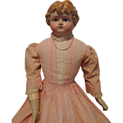 "SALE Beautiful 21"" Holz-Masse lady with molded hair and beautifully painted eyes."