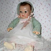 """SOLD MINT -- 20"""" Effanbee Dy-Dee Louise Baby MOLD 2 -- w/ Original Layette"""