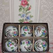 FABULOUS Vintage Boxed Set of 6 Hand Painted Porcelain Liquor Bottle Stoppers