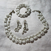 Miriam Haskell White Glass Parure Necklace Bracelet Earrings Set
