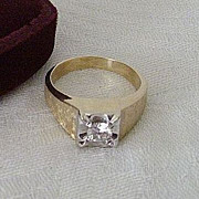 SALE Classic 14K Gold Ring With Imitation Diamond