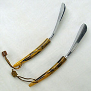 SALE Matching Pair Vintage Shoe Horns With Marbled Handles