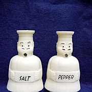 REDUCED Salt and Pepper Set Tappan Chef Shakers