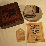 Kriss Kross Razor Blade Stropper, Cprt 1927, original box
