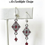 Beautiful Silver/Rhinestone Dangle Earrings
