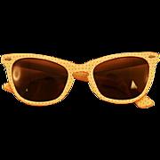 "Darling ""Monroe-esque""  Hot Hot Hot Polka-Dot Sunglasses"