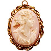 Antique 10K Yellow Gold Shell Carved Cameo Pin with Mother of Pearl