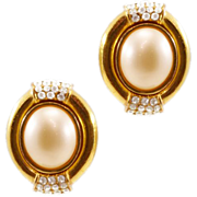 Elegant Ultra-Chic Vintage Ciner Earrings