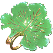 SALE Green Leaf Dish highlighted in gold, VG
