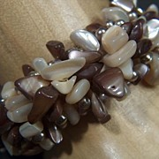 SALE Vintage 1950s Mother of Pearl & Faux Pearl Cuff Bracelet ~ Gold Toned Beads