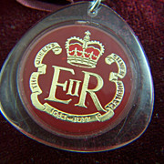 SALE Vintage Queen Elizabeth II Coat of Arms Silver Jubilee Lucite Keychain