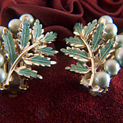 Vintage Pale Aqua Green Enamel & Faux Pearl Clip Earrings