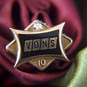 Vintage 10K yellow Gold and Diamond Vons Supermarkets 10 Year Service Pin - Balfour