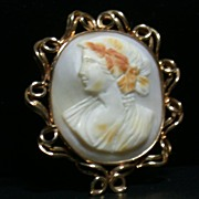SALE 14K Yellow Gold Cameo Pin or Brooch