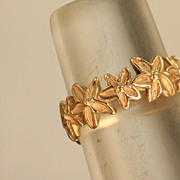 SALE Estate 14 K Handmade Daisy Band