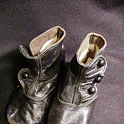 Antique Three-Button Black Leather Baby Shoes