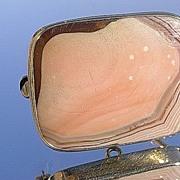 9kt Gold Victorian Agate Brooch