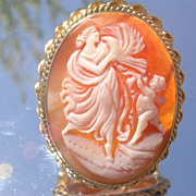 14kt Vintage Cameo of Lady with Bird and Cherub Brooch/Pendant