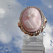 9kt Vintage Pink Gold Carved Pink/White Coral of Lady Portrait Cameo Ring