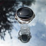 Sterling Round Black/White Agate Ladies Ring
