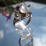 Sterling/9kt Pink/Yellow Gold Oval Grey Moonstone Ladies Ring